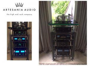 Artesania High End Rack mit McIntosh Geräten